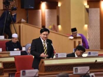 Exco Perumahan, Kerajaan Tempatan, Pengangkutan Awam, Hal Ehwal Bukan Islam dan Kampung Baharu, Paul Yong Choo Kiong ketika menjawab soalan tambahan Ahli Dewan Undangan Negeri (ADUN) Menglembu, Chaw Kam Foo pada Sidang Dewan Undangan Negeri (DUN) Perak hari ini.