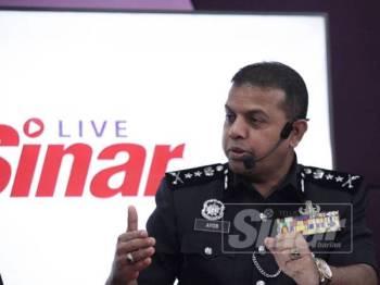Ayob Khan pada sesi Sinar Live di Kumpulan Media Karangkraf di sini hari ini. - FOTO ZAHID IZZANI
