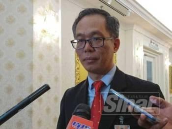 Chee Leong ketika ditemui pemberita selepas Persidangan Ketiga (Bajet) Penggal Kedua DUN Melaka ke-14 di Seri Negeri hari ini.