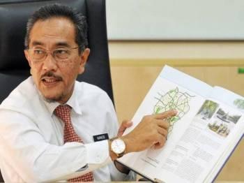 Nurazizi menunjukkan Pelan Struktur Kuala Lumpur 2020 yang telah diwartakan pada tahun 2004.