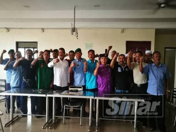 Antara veteran tentera yang mendesak agar tindakan tegas dilakukan terhadap pihak yang membawa pulang abu mayat Chin Peng.