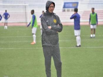 Kim Swee tuntut kemenangan daripada skuad Harimau Muda menentang Kemboja malam esok. FOTO: Football Association of Malaysia (Official)