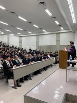 Maszlee menyampaikan syarahan perdana kepada pentadbir kanan, pensyarah dan pelajar Universiti Shukutoku di Chiba di sini hari ini.
