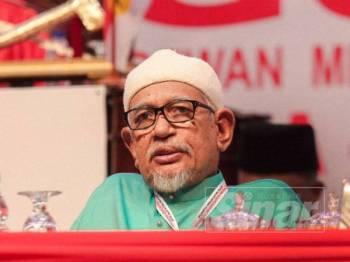 Abdul Hadi turut hadir pada Perhimpunan Agung UMNO di PWTC hari ini. - FOTO ZAHID IZZANI