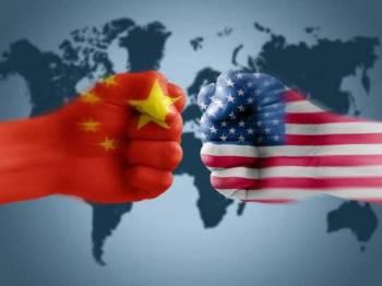 China mengharuskan diplomat AS memaklumkan kementerian luar terlebih dahulu sebelum bertemu pegawainya.
