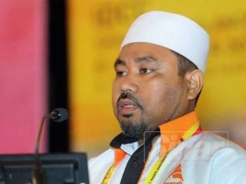 Nasir menyampaikan perbahasan pada Konvensyen Nasional Amanah 2019 di IDCC. - FOTO ROSLI TALIB
