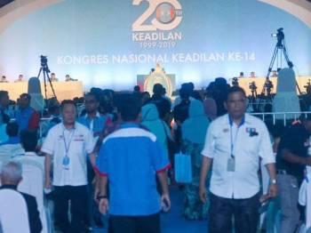 Kongres Nasional PKR 2019 yang berlangsung di Pusat Dagangan Antarabangsa Melaka (MITC) di sini hari ini. - FOTO SHARIFUDIN ABDUL RAHIM