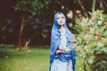 ISLAM menggalakkan umatnya sentiasa tampil cantik dan kemas serta sentiasa dalam keadaan berwuduk. -Gambar hiasan
