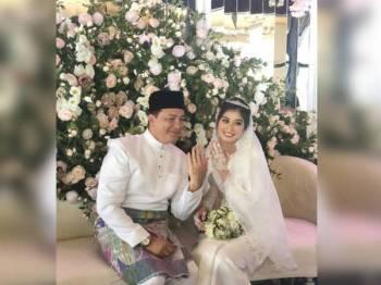 Eizlan Yusof selamat bergelar suami buat kali kedua bersama Natasha Rosa Boudville dengan sekali lafaz. -Foto Eizlan Yusof