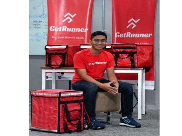 Di saat mahasiswa lain runsing memikirkan pekerjaan selepas tamat pengajian, Muhammad Ziyad Mohd Yazid pula sudah memiliki sebuah syarikat, GetMove Sdn. Bhd, yang bernilai RM1 juta.