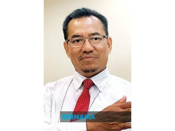 DR Mohamed Naim.