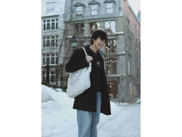 BEG tote turut menjadi pilihan gaya beg yang santai dan ringkas.