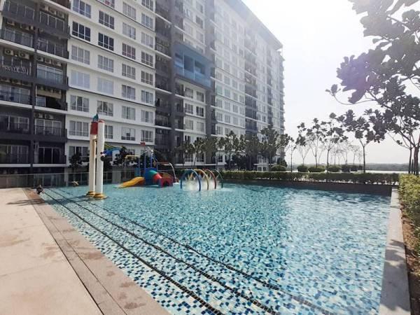 BSP21 menyediakan fasiliti kolam renang dan kelab rekreasi yang merentangi empat aras.
