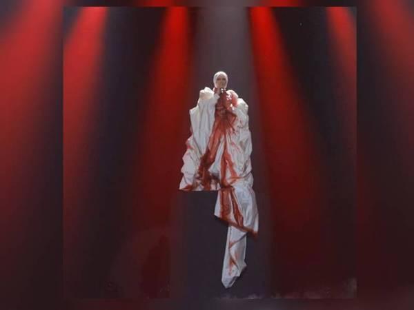 Aina mohon maaf gimik persembahan pada Anugerah Juara Lagu ke-34 menimbulkan salah faham. - Foto TV3