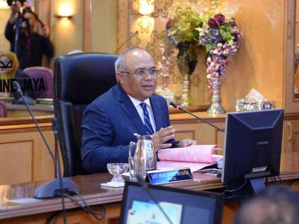 Mohd Sayuthi ketika mempengerusikan Majlis Mesyuarat Penuh Bulanan MBPJ, kelmarin