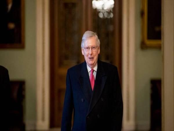 Mitch McConnell. Foto Sumber Internet