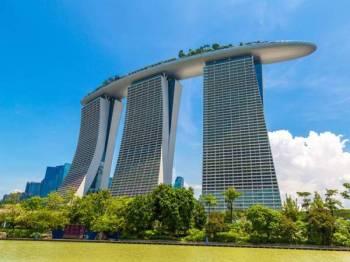 Marina Bay Sands Singapura akan menggantung semua perkhidmatan dan operasi Integrated Resort berkuat kuasa 7 April sehingga 4 Mei susulan penularan wabak Covid-19.