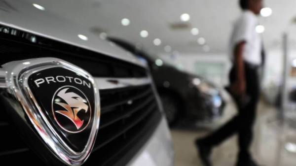 Proton Holdings Bhd mencatatkan kenaikan 20.4 peratus dalam jualan suku pertama 2020 berbanding tempoh yang sama tahun sebelumnya.