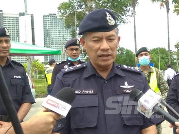 Abd Rahim ketika sidang media memberitahu pihaknya turut memantau motivasi petugas barisan hadapan PDRM di setiap negeri.