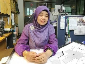 Cuba-cuba berpuasa sebelum bergelar Muslim pada tahun 2000 adalah pengalaman yang cukup indah dalam kehidupan Ar Amalina Lily.