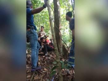 Kesemua mangsa ditemui selamat tanpa sebarang kecederaan serius.