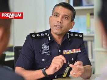 Nik Ezanee Mohd Faisal  - Foto Mohd Izari Rosli