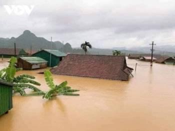 Lapan daerah di wilayah tengah Savannakhet, Loas, dilanda banjir buruk.
