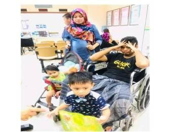 Muhamad Asrol Daniel menjalani rawatan di sebuah hospital kerajaan kerana menghidap kanser testis tahap empat dan mengharapkan permohonan mendapatkan PPR diluluskan secepat mungkin.