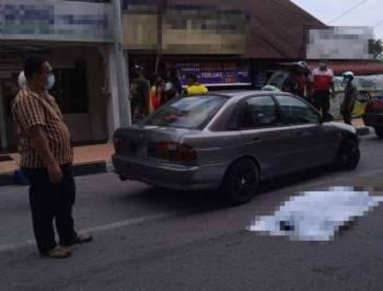 Mangsa ditemukan meninggal dunia dalam keretanya yang diletakkan di tepi Jalan Bayan Lepas pada pagi Sabtu.