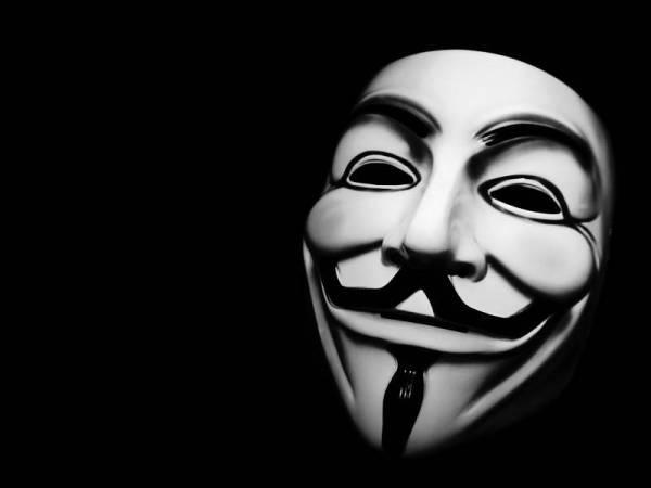 Anonymous Malaysia mengancam menggodam laman sesawang kerajaan.