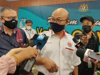 Dr Sha'ari ketika ditemui ketika sidang media Program Imunisasi Covid-19 Peringkat Negeri Selangor di Hospital Shah Alam, pada Khamis.