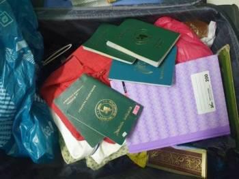 Antara barangan yang dirampas dalam serbuan di sebuah rumah di Taman Ampang Utama pada Sabtu.