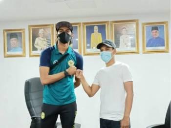 Isu saman RM5 juta antara Hafizul Hakim dan seorang penyokong bola sepak Perak selesai secara baik.