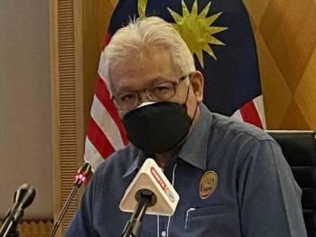 Hamzah pada sidang akhbar di kementeriannya di Putrajaya pada Jumaat.