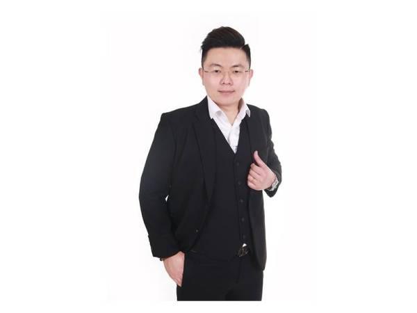 CJ Seow