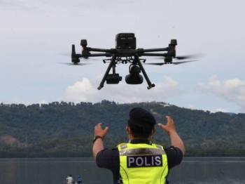 PDRM bakal guna 16 unit dron kuasa bateri berkuasa tinggi bagi penugasan libat pemantauan kawasan sempadan. - Gambar hiasan