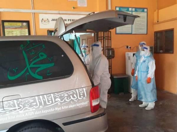 Pertubuhan Kebajikan Insan Sejagat Negeri Johor yang menyediakan perkhidmatan pengurusan jenazah orang Islam secara percuma kini memohon bantuan kewangan.