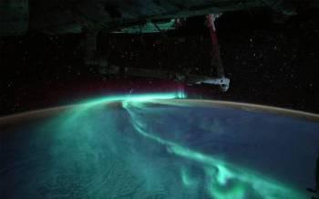 Imej jaluran cahaya selatan dirakamkan angkasawan Perancis, Thomas Pesquet menerusi video dari Stesen Angkasa Lepas Antarabangsa baru-baru ini. - Foto ESA/NASA/Thomas Pesquet