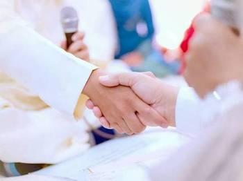 Jabatan Agama Islam Wilayah Persekutuan (Jawi) membenarkan majlis akad nikah dijalankan di semua masjid di Wilayah-Wilayah Persekutuan Kuala Lumpur dan Putrajaya. Gambar hiasan.