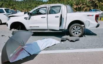 Mangsa yang cedera parah pada bahagian kepala meninggal dunia di lokasi kejadian.