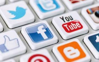 Pandemik Covid-19 telah membawa amalan baharu secara dalam talian dalam kehidupan dan aktiviti masyakarat apabila Malaysia merekodkan 28 juta pengguna media sosial daripada penduduk negara ini.