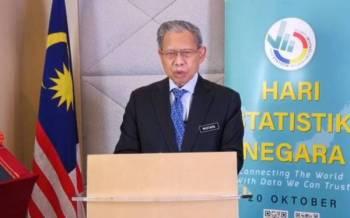 Mustapa ketika berucap merasmikan Sambutan Hari Statistik Negara (HSN)di Jabatan Perangkaan Malaysia (DOSM), Putrajaya pada Rabu.